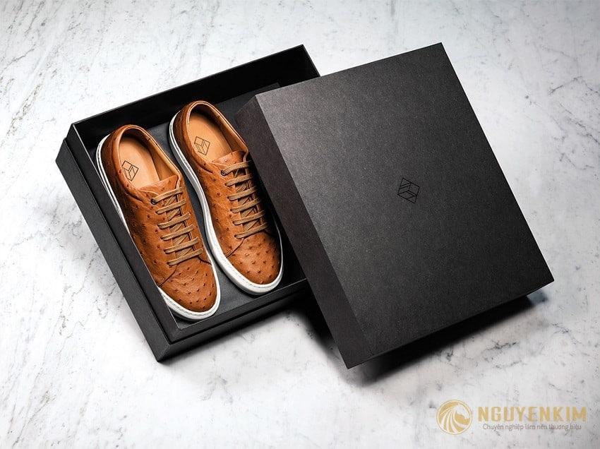 In hộp cứng đựng giày