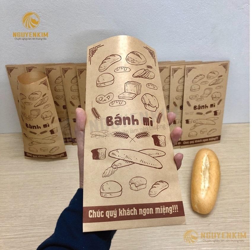 In túi giấy đựng bánh mì tại Nguyễn Kim